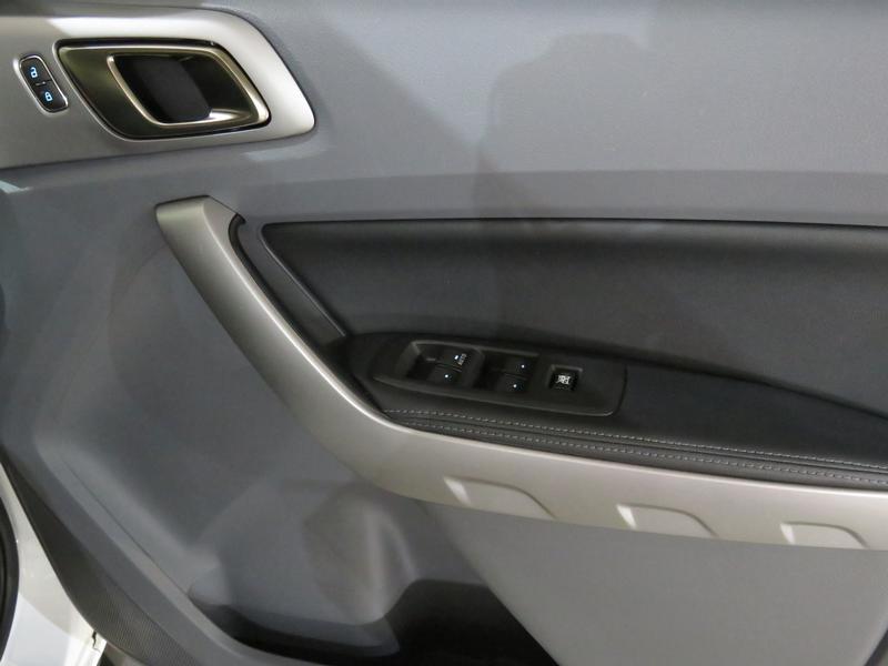 Ford Ranger 3.2 Tdci Xlt 4X2 D/cab Image 6