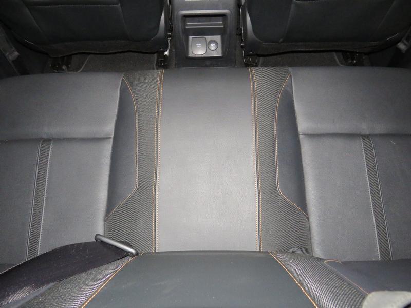 Ford Ranger 2.0 BiT 4X2 D/cab Wildtrak At Image 14