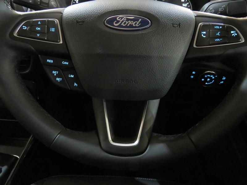 Ford Ecosport 1.0 Ecoboost Titanium Image 12