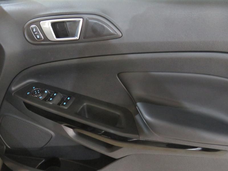 Ford Ecosport 1.0 Ecoboost Titanium Image 6