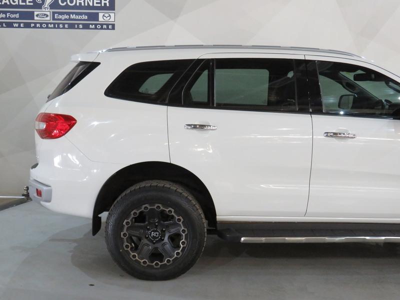 Ford Everest 3.2 Ltd 4X4 At Image 5