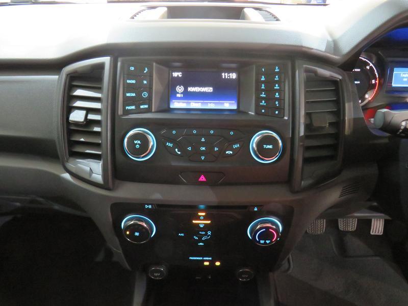 Ford Ranger 2.2 Tdci Xls 4X2 D/cab Image 10