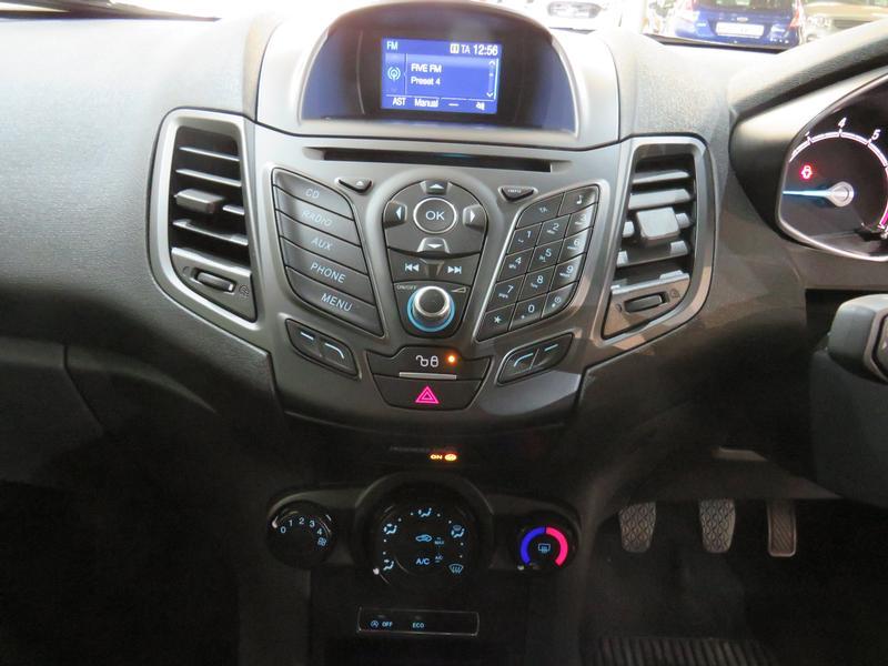 Ford Fiesta 1.0 Ecoboost Trend Esp Image 10