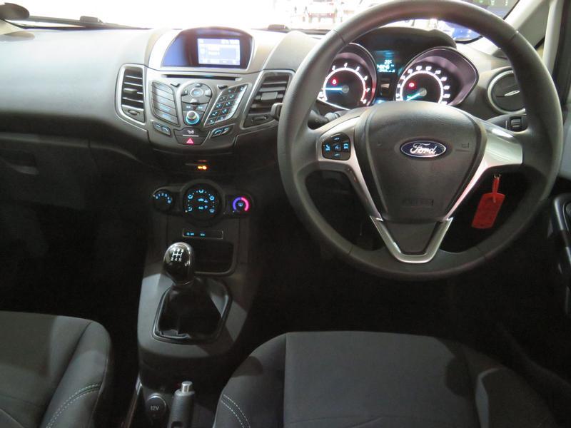 Ford Fiesta 1.0 Ecoboost Trend Esp Image 13