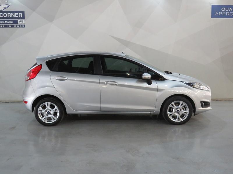 Ford Fiesta 1.0 Ecoboost Trend Esp Image 2