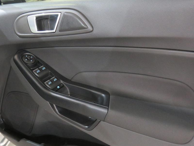 Ford Fiesta 1.0 Ecoboost Trend Esp Image 6