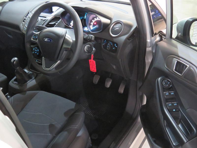 Ford Fiesta 1.0 Ecoboost Trend Esp Image 7