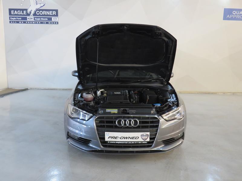 Audi A3 Sedan 1.4 Tfsi Se Image 16
