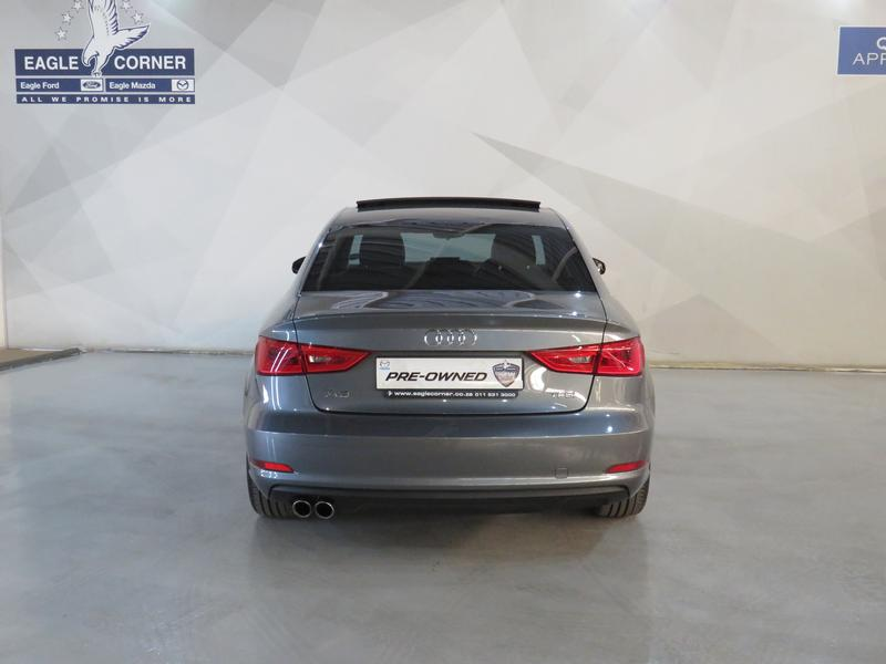 Audi A3 Sedan 1.4 Tfsi Se Image 17