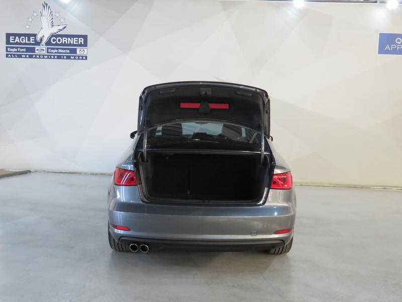 Audi A3 Sedan 1.4 Tfsi Se Image 18