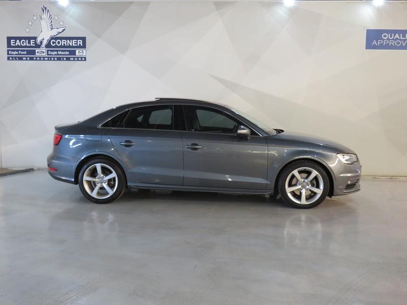 Audi A3 Sedan 1.4 Tfsi Se Image 2