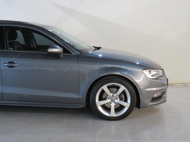 Audi A3 Sedan 1.4 Tfsi Se Image 4