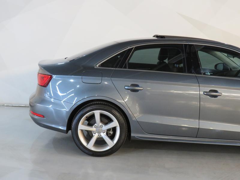 Audi A3 Sedan 1.4 Tfsi Se Image 5