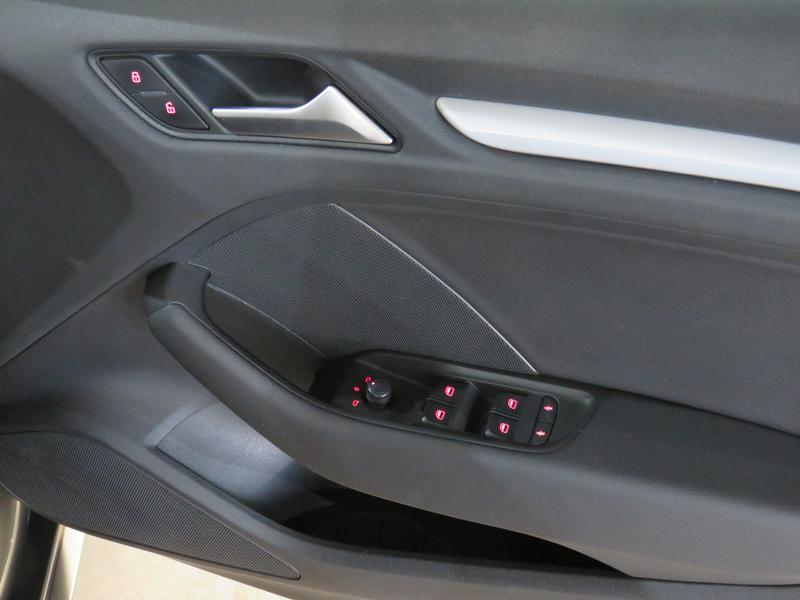Audi A3 Sedan 1.4 Tfsi Se Image 6
