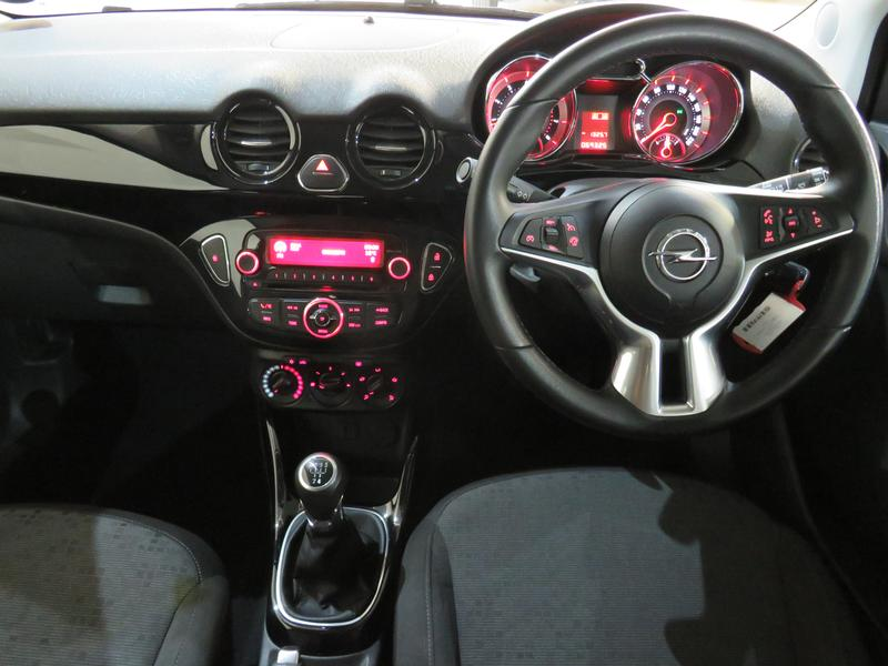 Opel Adam 1.4 Image 13
