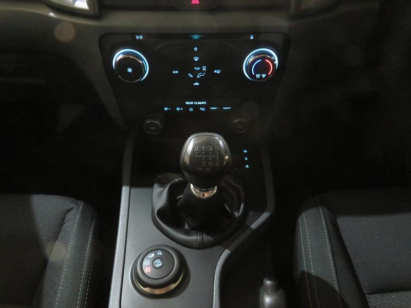 Ford Everest 2.2 Tdci Xls 4X4 Image 11