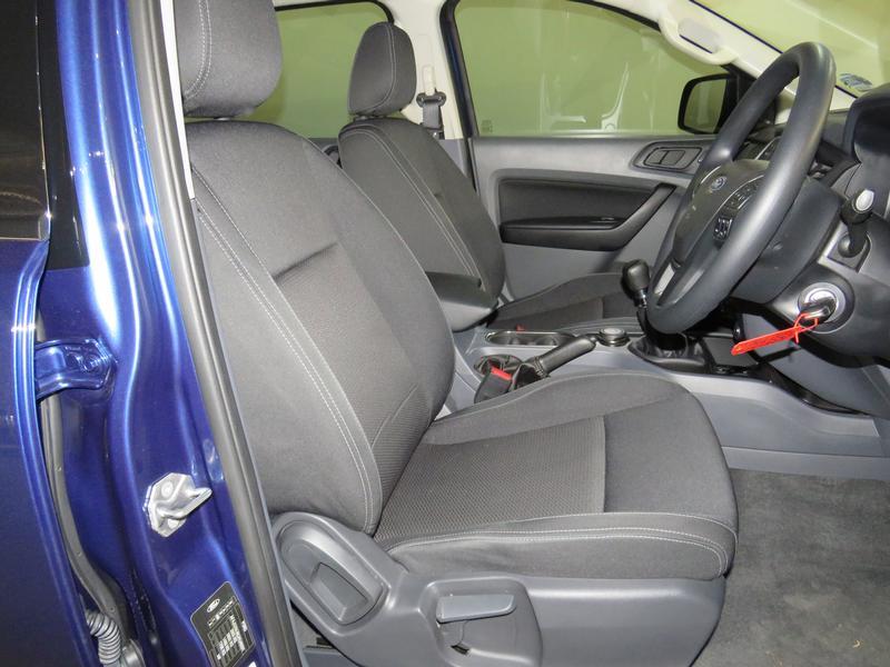 Ford Everest 2.2 Tdci Xls 4X4 Image 8