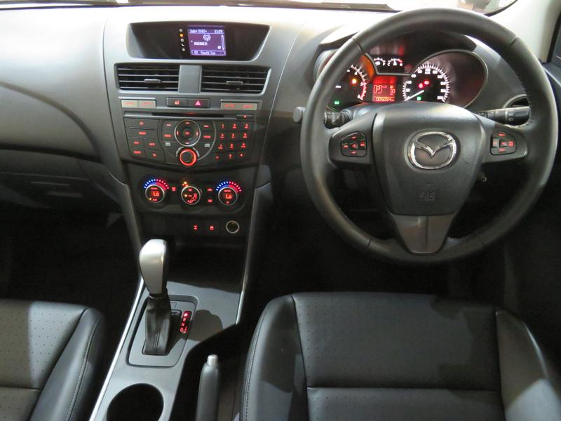 Mazda BT-50 2.2 Hr D/cab Sle 4X2 At (lrd) Image 13