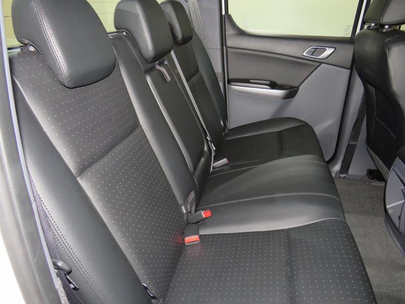Mazda BT-50 2.2 Hr D/cab Sle 4X2 At (lrd) Image 15
