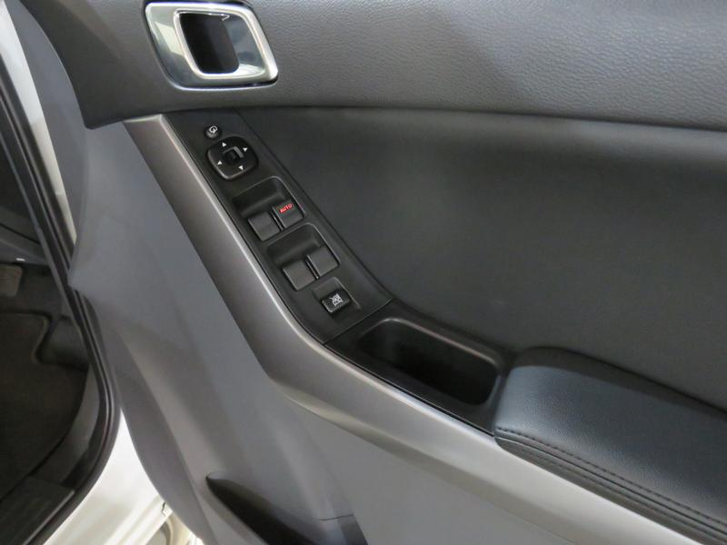 Mazda BT-50 2.2 Hr D/cab Sle 4X2 At (lrd) Image 6