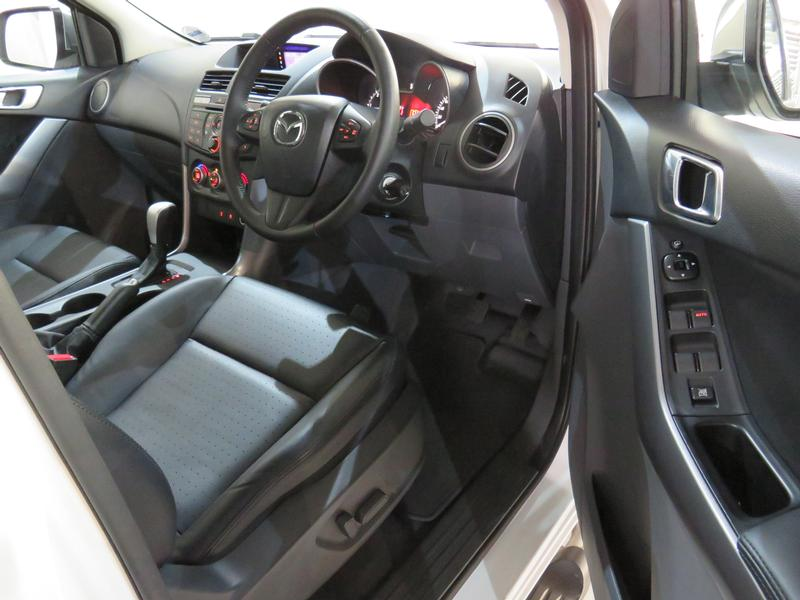Mazda BT-50 2.2 Hr D/cab Sle 4X2 At (lrd) Image 7