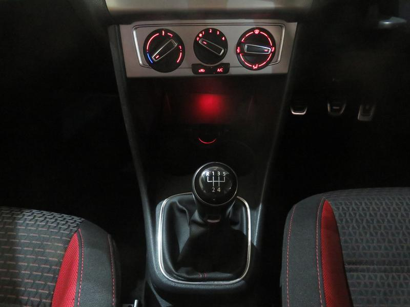 Volkswagen Polo Crosspolo 1.4 Tdi Image 11
