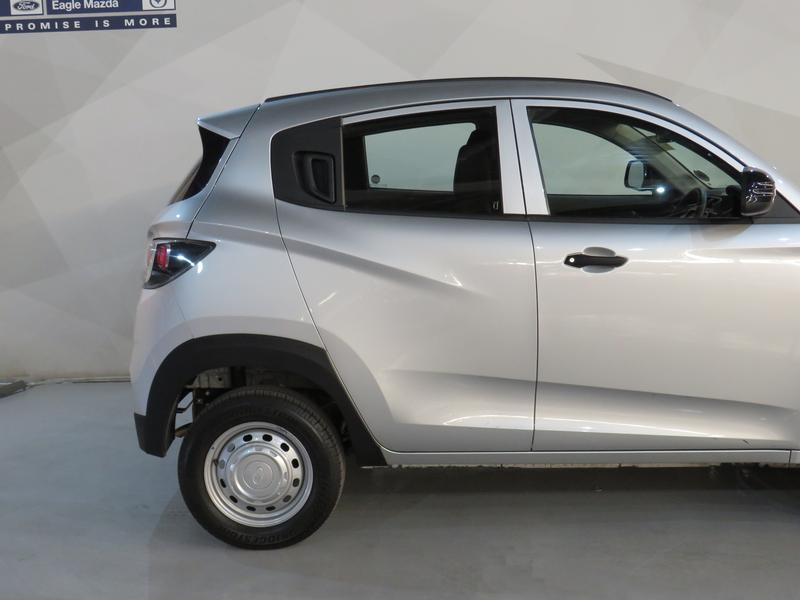 Mahindra KUV 100 1.2 K2+ Nxt Image 5