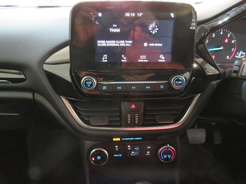 Ford Fiesta 1.0 Ecoboost Trend At Image 10