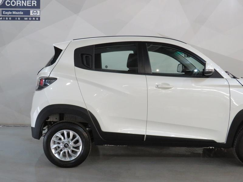 Mahindra KUV 100 1.2 K6+ Nxt Image 5