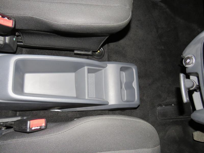 Mahindra KUV 100 1.2 K6+ Nxt Image 9