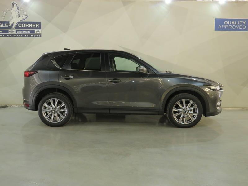 Mazda CX-5 2.0 Dynamic 4X2 At Image 2