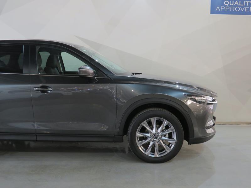 Mazda CX-5 2.0 Dynamic 4X2 At Image 4