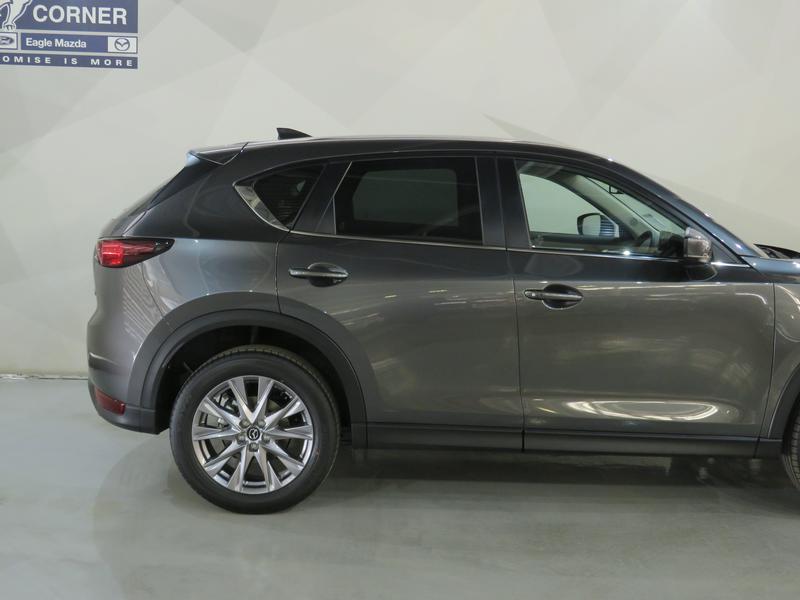 Mazda CX-5 2.0 Dynamic 4X2 At Image 5