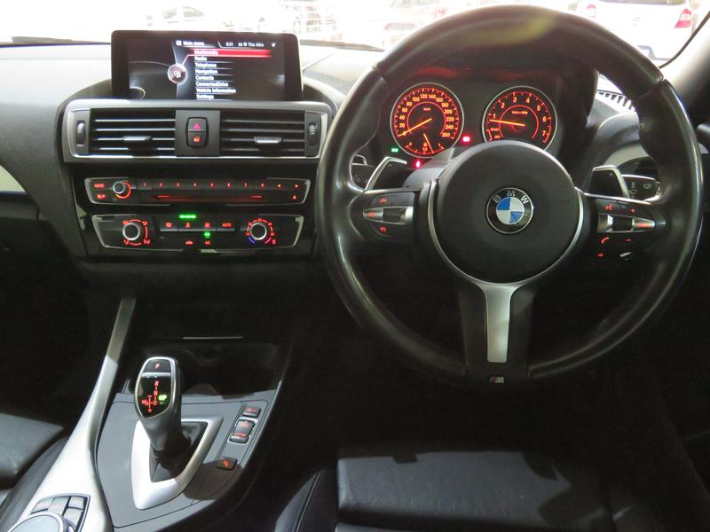 BMW 2 Series Convertible M235i M Sport Sport Steptronic Image 14