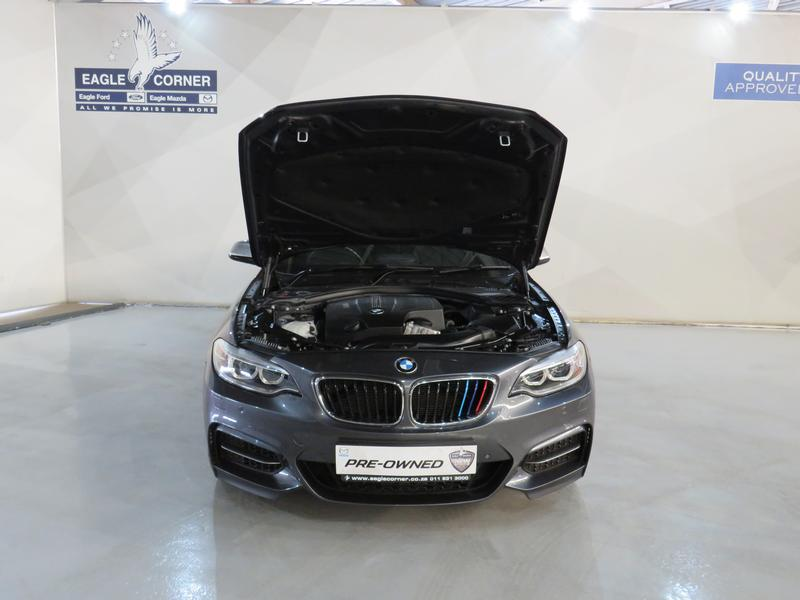 BMW 2 Series Convertible M235i M Sport Sport Steptronic Image 17