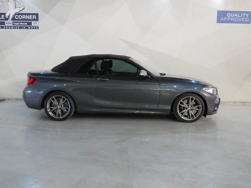 BMW 2 Series Convertible M235i M Sport Sport Steptronic Image 2
