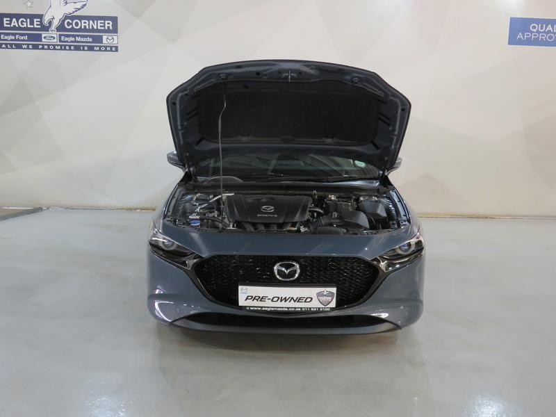 Mazda 3 2.0 Astina 5-Door At Image 17