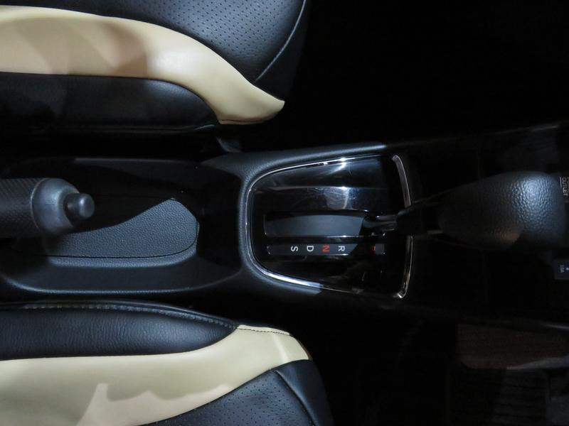 Honda Amaze 1.2 Comfort Cvt Image 9