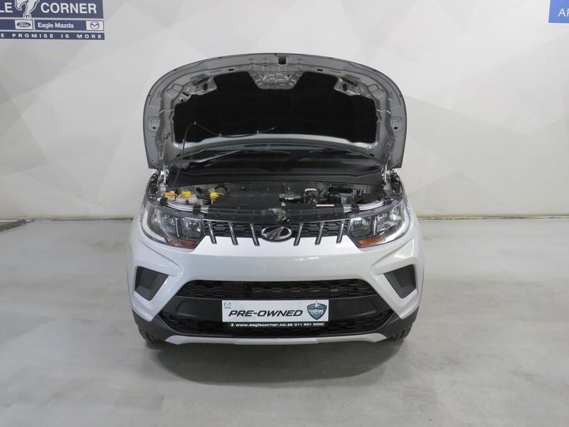 Mahindra KUV 100 1.2 K6+ Nxt Image 12