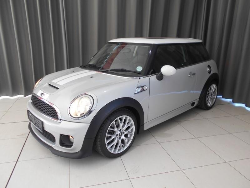 2012 MINI Hatch Cooper Jcw