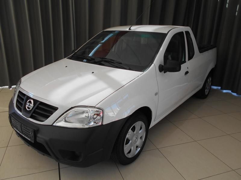 2016 Nissan NP200 1.6 8V A/c+safety Pack