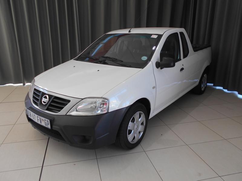 2015 Nissan NP200 1.6 Se 16V
