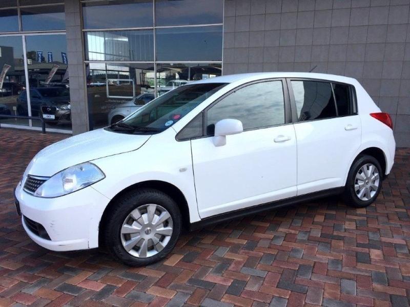 2012 Nissan Tiida 1.6 Visia+ 5-Door