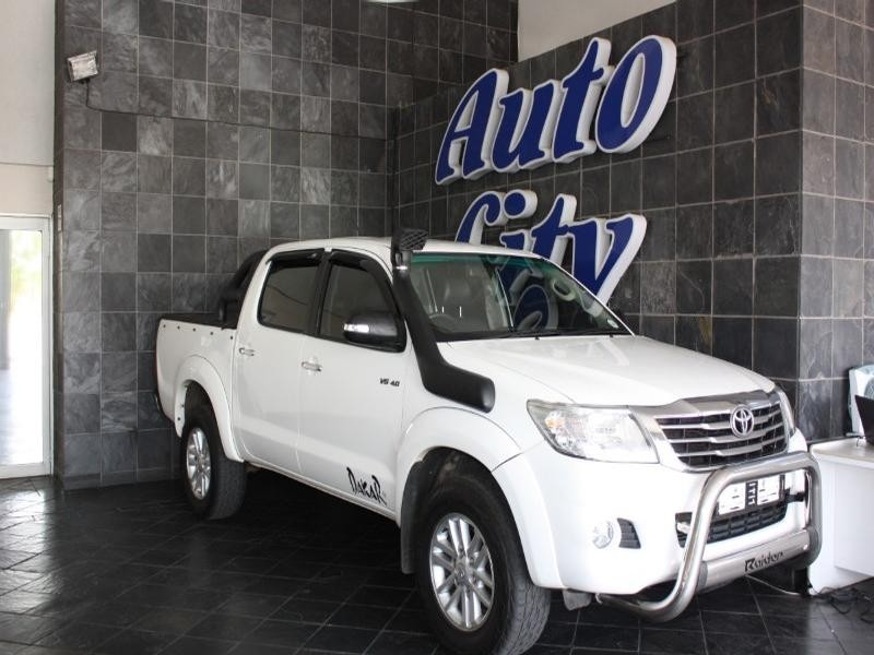 2011 Toyota Hilux 4.0 V6 D/cab 4X4 Raider At