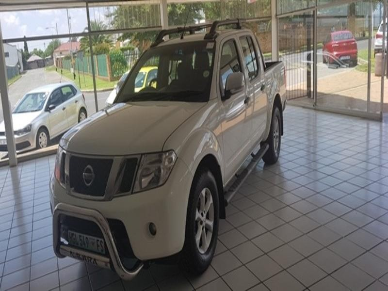 2011 Nissan Navara 2.5 DCi 4x2 Le D/cab