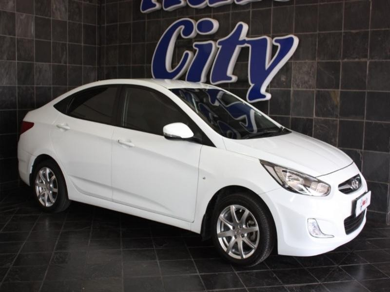 2012 Hyundai Accent 1.6 Fluid At