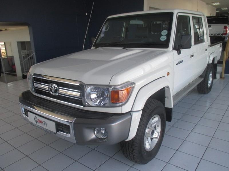 2016 Toyota Land Cruiser 79 4.2D Pick-Up D/cab