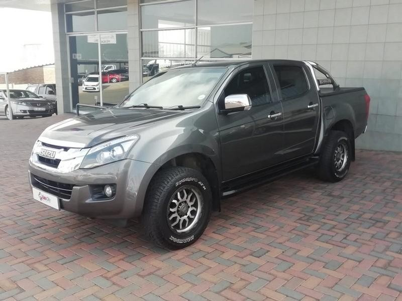 2015 Isuzu Kb 300 D-Teq 4X4 D/cab Lx At