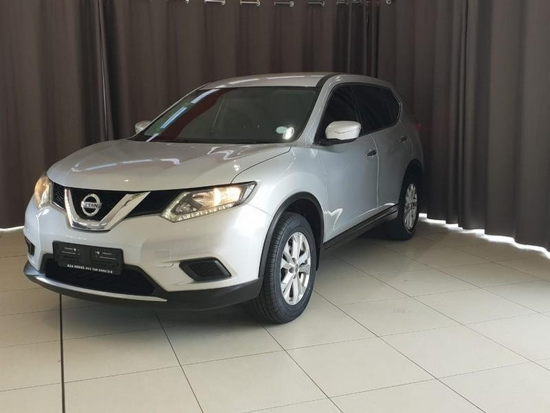 2016 Nissan X-Trail 2.0 4X2 Xe 7-Seater