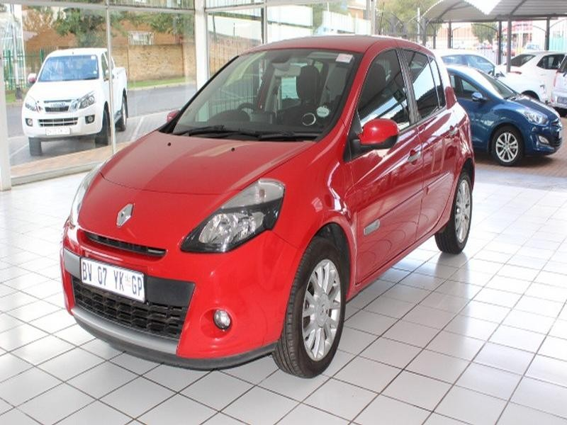 2012 Renault Clio III 1.6 Advantage 5-Door